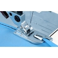 820221-096 PFAFF Лапка для подрубки 4мм с верхним транспортером